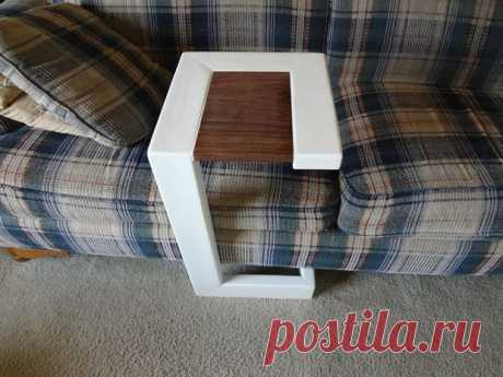 Приставной столик для дивана за 10 шагов