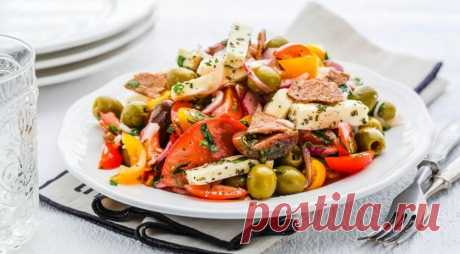 Салат из помидоров с адыгейским сыром — Вкусные рецепты