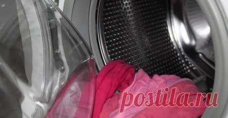 Как сделать стиральную машинку чистой и свежей - Все обо Всем Я еще помню те времена, когда в доме у меня отсутствовала стиральная машинка-автомат. Полуавтоматы, ручная стирка — всё это было не так удобно и быстро, как теперь. С приобретением автоматической стиральной машины я, как и многие, получила истинное удовольствие от стирки. И пару лет просто наслаждалась ее безукоризненной работой! Быстро и удобно! Но со временем …
