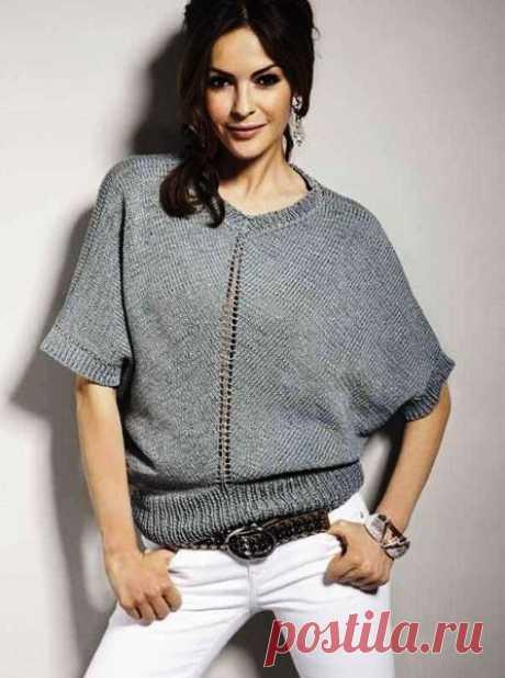 Женские объемные пуловеры О-образного силуэта с эффектом стройности спицами – 2 схемы вязания с описанием