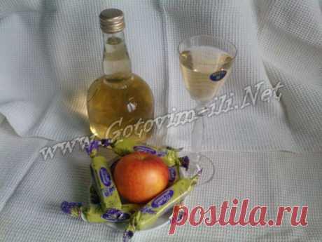Настойка на свежих листьях смородины - рецепт напитка с фото
