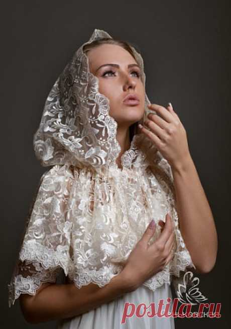 Красивый платок для храма