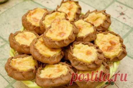 «Калитки» — пирожки поморские с творогом (закуска)  Ингредиенты: Для теста: 250 г сливочного масла. Показать полностью…