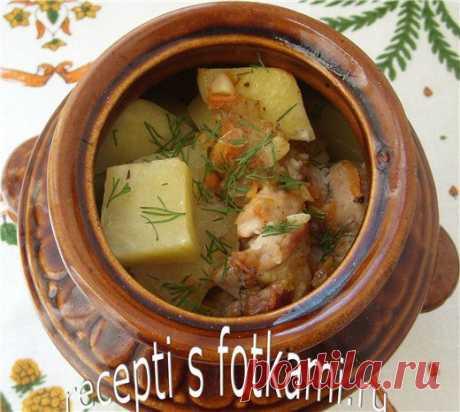 Курица с картошкой в горшочке - пошаговый рецепт с фото