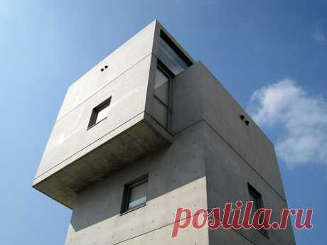 WAM   4x4 House   Kobe