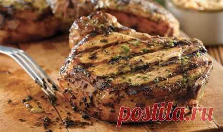 Como asar correctamente la carne de cerdo \u000a\u000a\u000a\u000a\u000aOtruby de la carne de vaca y la carne de cerdo pueden tener la forma igual, pero a pesar de este parecido externo por la textura y el gusto diferente, y prepararlos es necesario de formas diferentes. En caso de la carne de vaca cualitativa — prozhar …