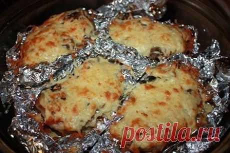 Как приготовить мясо в фольге с грибами и помидорами. - рецепт, ингредиенты и фотографии