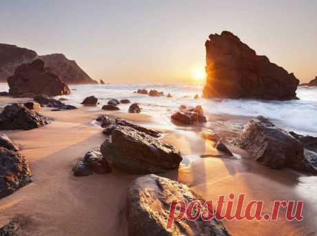 Самые красивые пляжи Португалии