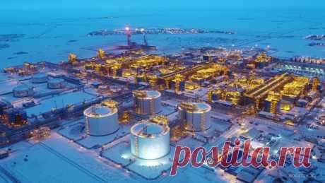 2021 май. НОВАТЭК вывел новую линию завода проекта «Ямал СПГ» на полную мощность. Четвёртая (завершающая проект) линия завода мощностью 0,95 млн тонн в год в отличие от первых трёх использует российскую технологию сжижения природного газа «Арктический каскад», запатентованную НОВАТЭКом, с использованием российского оборудования