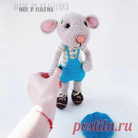 Мышонок :) Описание вязания источник: https://www.instagram.com/alenka.knit.volik/