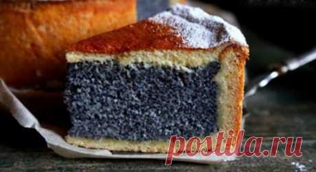 Эффектный маковый пирог с творожной основой и сметанной заливкой
