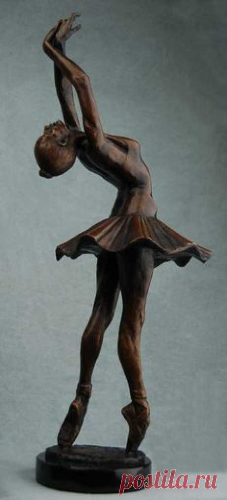 En Pointe by AdamReederSculptor on DeviantArt