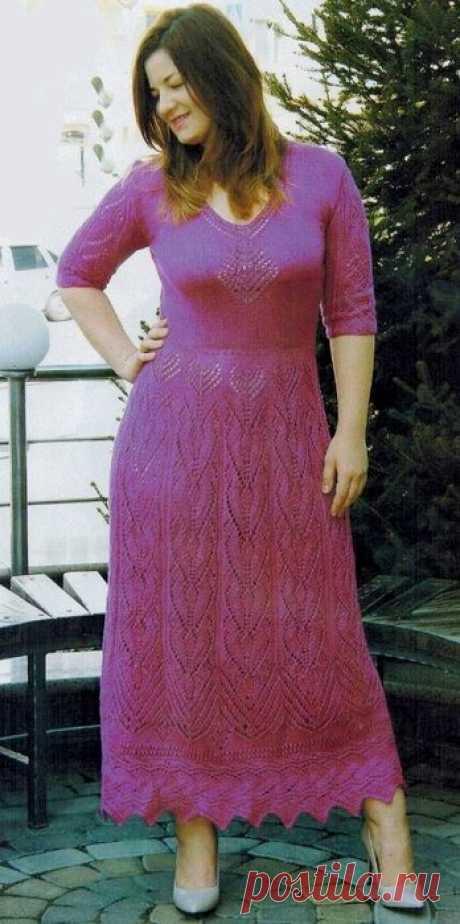 Вязаное ажурное платье спицами