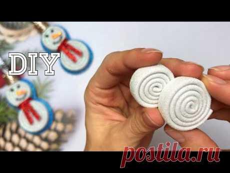 Новогодний DIY 2021 Игрушка на Ёлку Снеговик ⛄️ из Глиттерного фоамирана