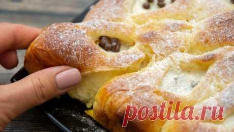 Булочки, которые не черствеют. Самое мягкое и удачное тесто. Сегодня пеку с творогом. - fav0ritka77.ru / В духовке они получаются воздушными, в микроволновке - очень мягкими.