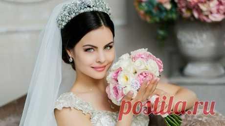 Свадебные прически с диадемой: фото, пошагово, видео