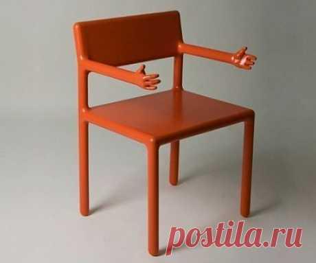 приятно посидеть на таком стуле, не правда ли?