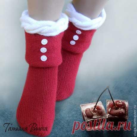 Зимняя вишня. Носки вязаные, шерстяные – купить в интернет-магазине на Ярмарке Мастеров с доставкой - 6SEEHRU | Тверь