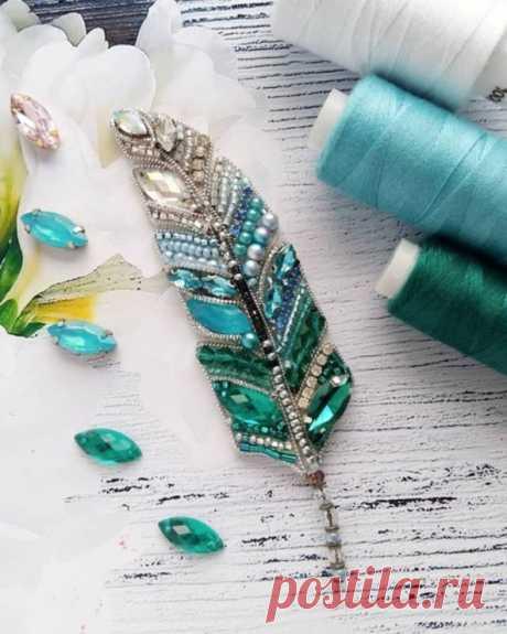 текстильные и бисерные броши