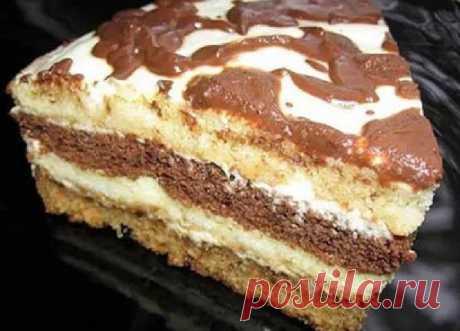 Домашний сметанный тортик из маминой тетрадки Коржи на сметане получаются очень мягкими и воздушными, а сметанный крем, дополняет вкус торта.