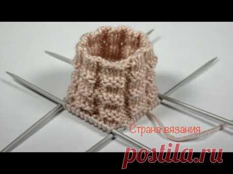 Узоры спицами. Простой рельефный узор. Вязание по кругу. Embossed pattern. Knitting in a circle.