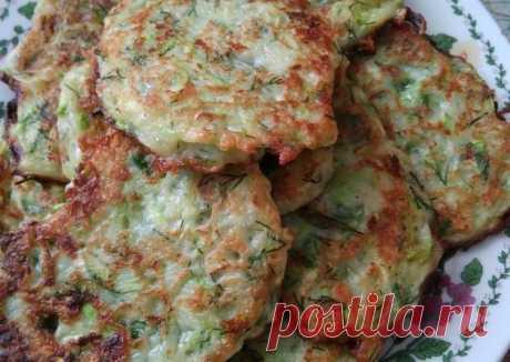 Кабачковые оладьи со вкусом грибов - пошаговый рецепт с фото. Автор рецепта Аистова Марина . - Cookpad