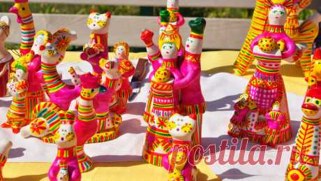 История филимоновской игрушки Как появились расписные глиняные свистульки из Тульской области.