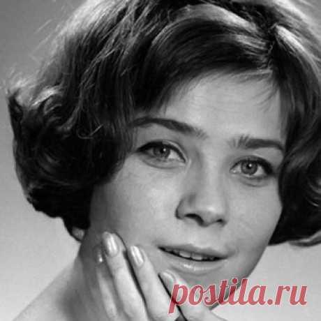 Лариса Голубкина Биография, фото, фильмография с Ларисой Голубкиной