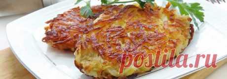 Домашний картофельный Хашбраун • Рецепт Приготовьте вкусный и хрустящий домашний картофельный Хашбраун на завтрак. Это очень простой и быстрый рецепт американского блюда на сковороде.