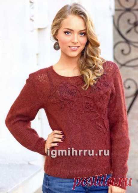 Темно-красный мохеровый пуловер с вышивкой. Вязание спицами