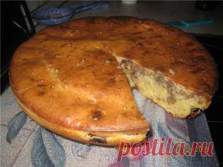 Заливной пирог на кефире   Этот замечательный, сочный и не жирный пирог на кефире может быть приготовлен из любой начинки.