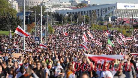 22.10.20-МВД Белоруссии видит риск превращения протестов в террористическую угрозу МВД Белоруссии заявило о существовании террористической угрозы, в которую могут перерасти протестные акции в стране. Об этом ведомство написало в своем Telegram.