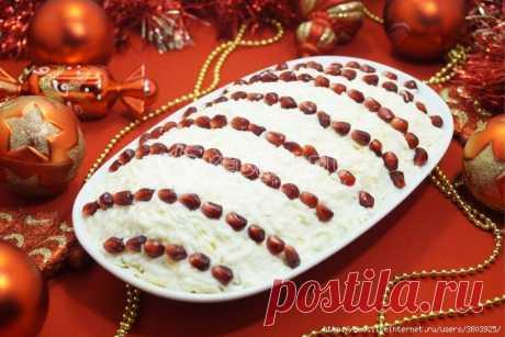 Салат «Бусы на снегу» - самый новогодний салат для вашего новогоднего стола