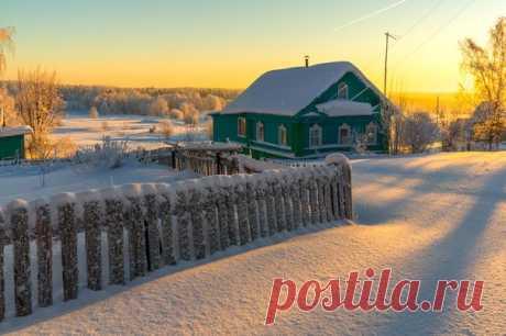 Марина Мурашова, автор фото: «Так здорово становится на душе, когда природа решает вдруг порадовать морозцем и ярким светлым днем, пушистым снегом и искристым солнцем!»