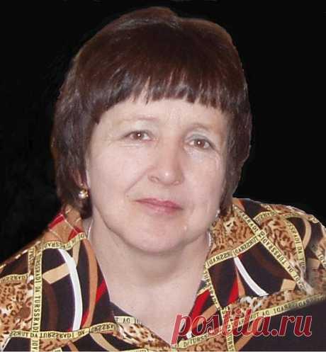 Александра Топоркова