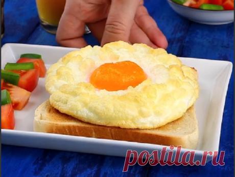 Самый лучший завтрак — пушистое облако на тосте!