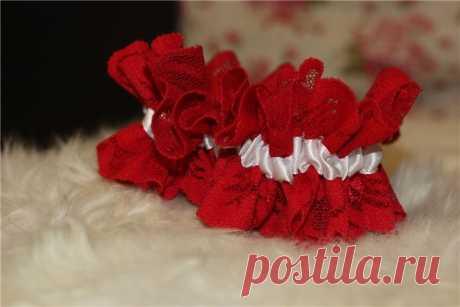 Свадебная подвязка. Бросание подвязки. | Ведущие в Донецке. SmileGroup
