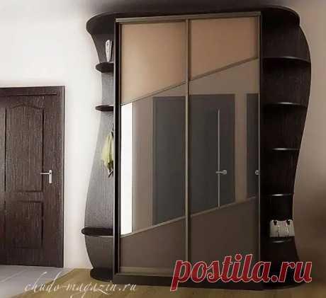 Шкаф-купе для прихожей с зеркалом и полками на заказ: фото, дизайн.