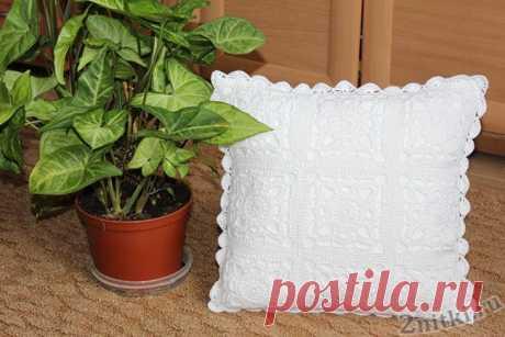 Декоративная подушка из квадратов крючком — Две нитки