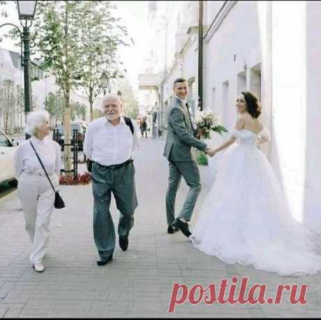 ЖИЗНЬ.....КАК ОДНО МГНОВЕНИЕ))