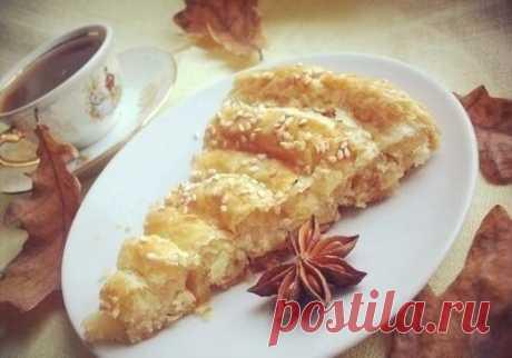 Слоеный пирог с сыром Объедение! Всем рекомендуем!