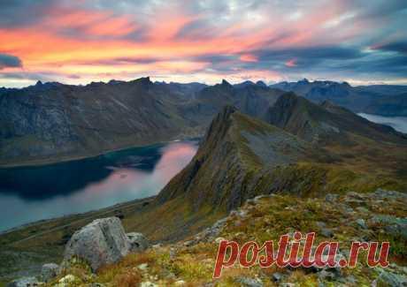 Норвегия на снимках Сергея Луканкина (nat-geo.ru/photo/user/49638)