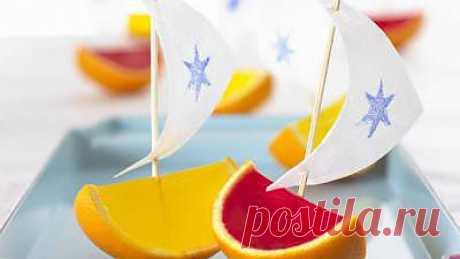 Желейные лодочки в апельсине - Сладости - Праздничное меню