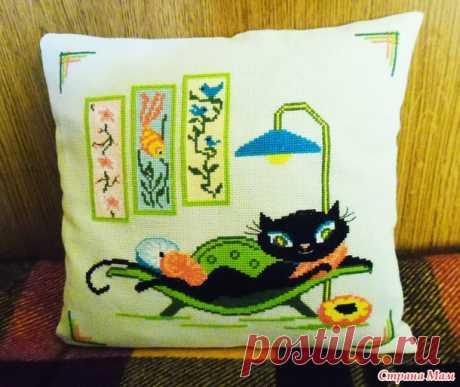 """Подушка""""Кошечка на диванчике"""" - Вышивка - мир удовольствия и гармонии - Страна Мам"""
