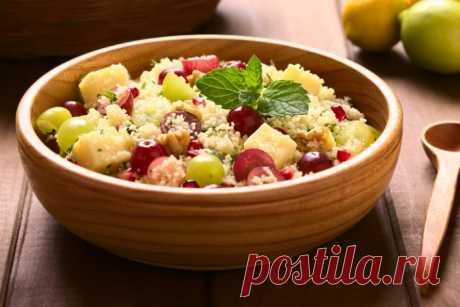 Салат с виноградом, грушей и кедровыми орехами-необычно и очень вкусно!!!