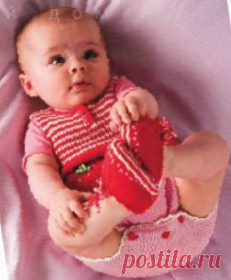 Трусики, пинетки для девочки спицами Летний костюм: безрукавка, трусики и пинетки для девочки, вязаные спицами.