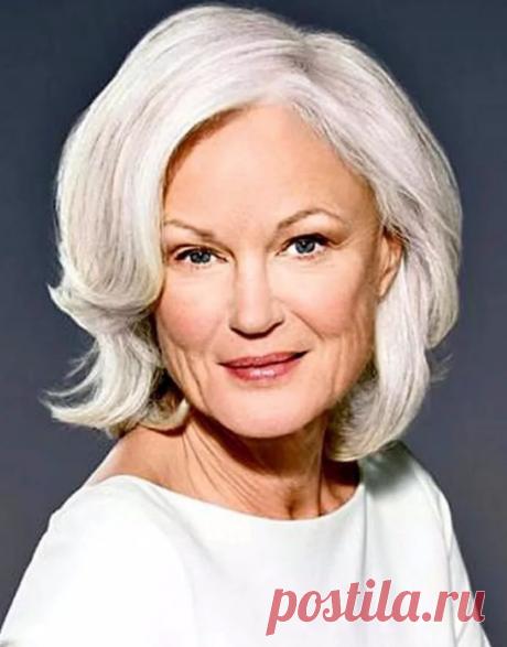 Как в домашних условиях сделать из седины красивый цвет волос у женщин после 60 лет? | Немного за 60 | Яндекс Дзен