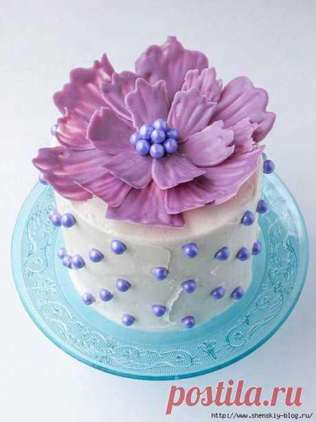 Как сделать простое и красивое украшение для любого торта на праздник!