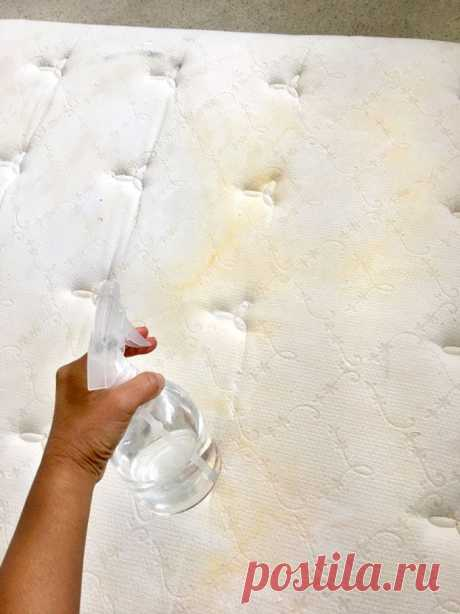 Очень простой способ очистить матрас от любых пятен за 10 минут без опасной химии