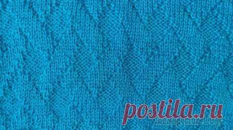 Женский свитер спицами несложным узором